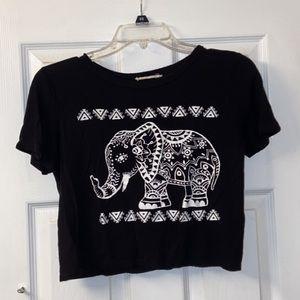 Cropped tee shirt